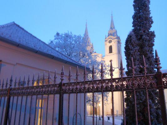 A Zirci Ciszterci Apátság Látogatóközpontjának téli és ünnepi nyitva tartása
