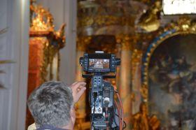 Apátsági liturgia közvetítések